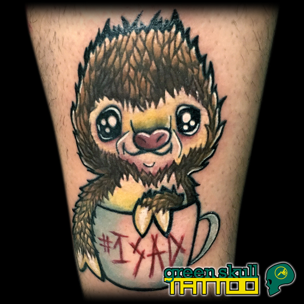 6-tattoo-tetovalas-color-new-school-lajhar-sloth.jpg