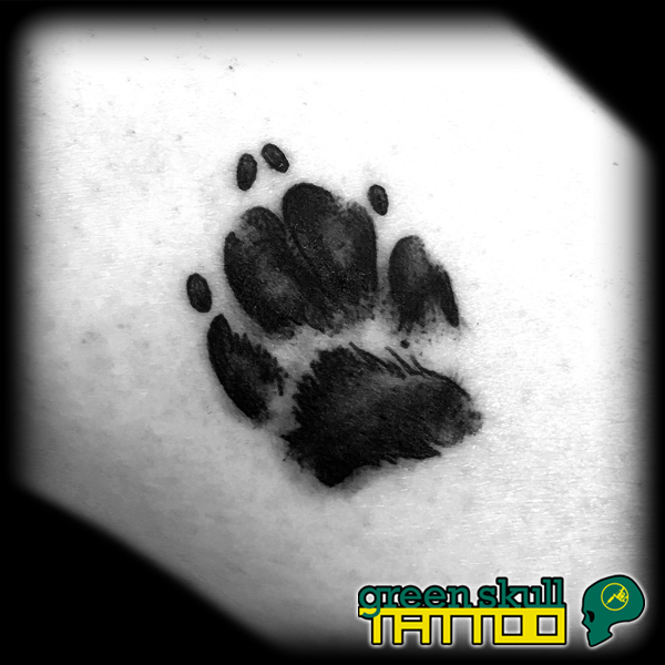 tattoo-tetovalas-blackwork-tappancs-kutya.jpg