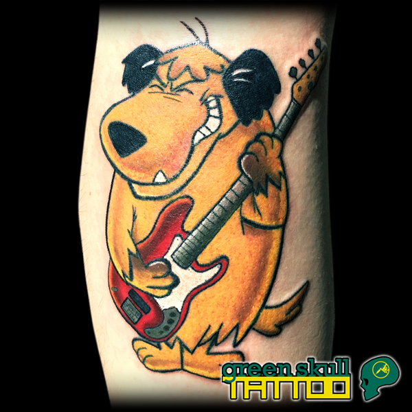 tattoo-tetovalas-gamer-color-muttley-cartoon.jpg