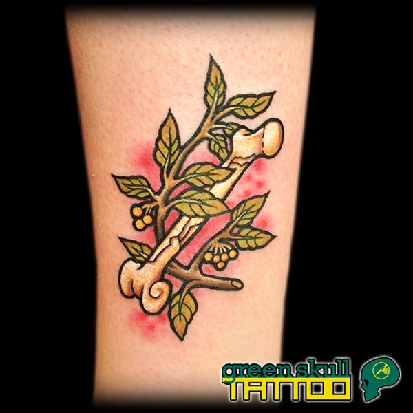 tattoo-tetovalas-szines-csont.jpg