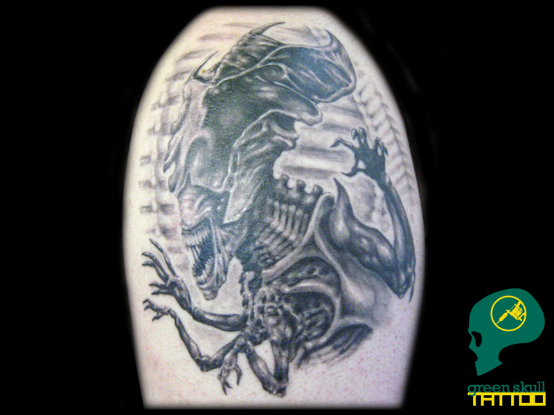 22-tattoo-tetovalas-alien-queen-tattoo.jpg