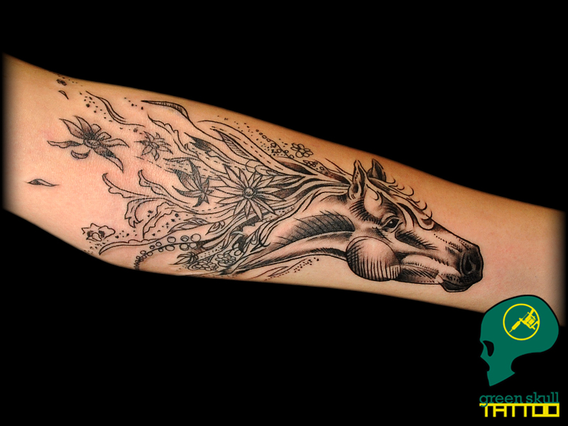 tattoo-tetovalas-0-horse-black-art-lo.jpg